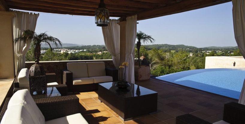 villa1206bedroomssantagertrudis16.jpg