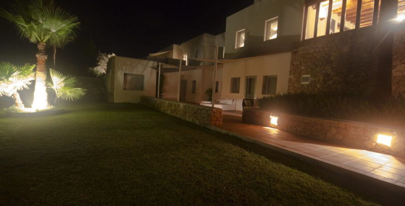 villa1206bedroomssantagertrudis23.jpg
