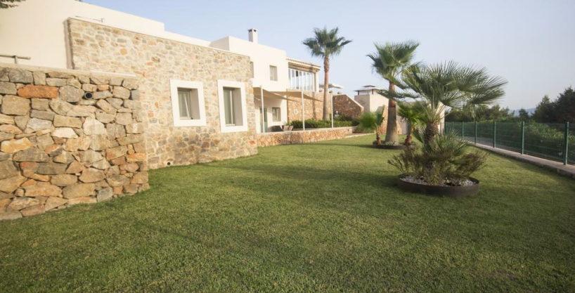 villa1206bedroomssantagertrudis26.jpg