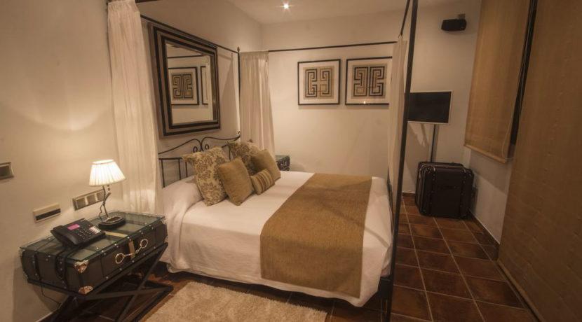 villa1206bedroomssantagertrudis32