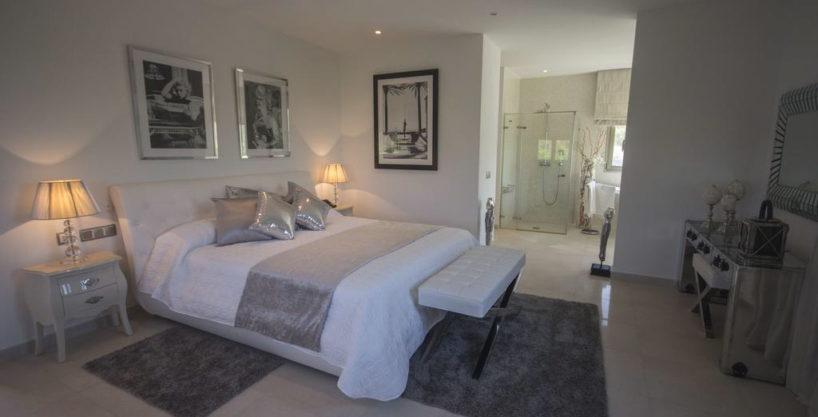 villa1206bedroomssantagertrudis35.jpg