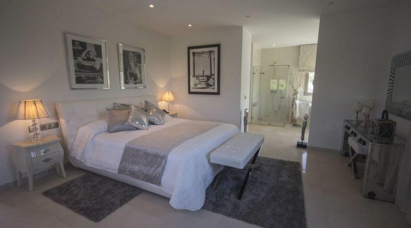 villa1206bedroomssantagertrudis35