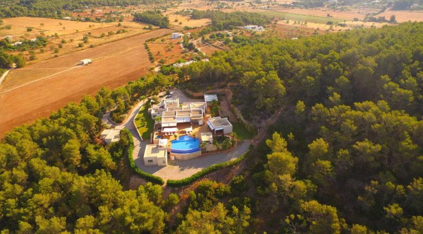 villa1206bedroomssantagertrudis37