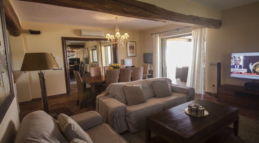 villa1206bedroomssantagertrudis41