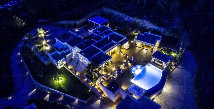 villa1206bedroomssantagertrudis7.jpg