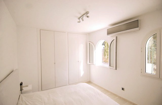 villa2246bedroomscalacomta29.jpg