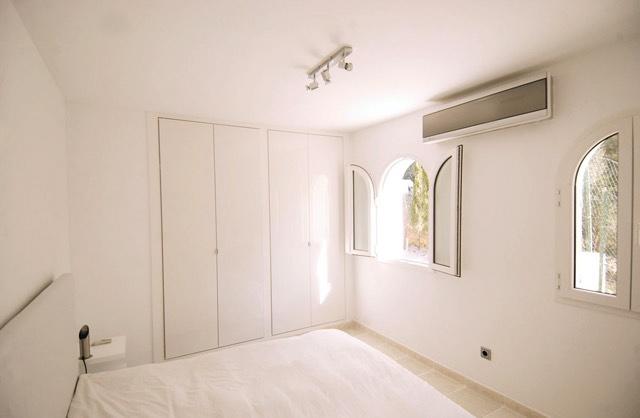 villa2246bedroomscalacomta29