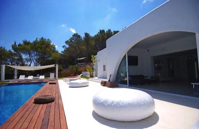 villa2246bedroomscalacomta40.jpg