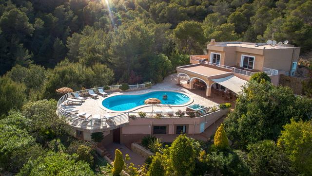 villa446bedroomsibiza1