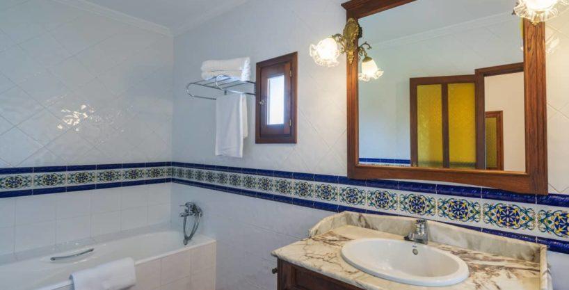 villa1494bedroomssantaeulalia1-1.jpg