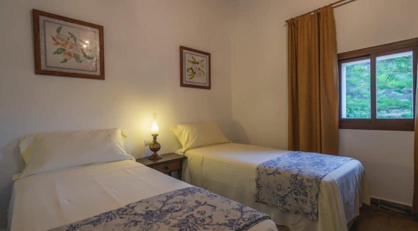 villa1494bedroomssantaeulalia13