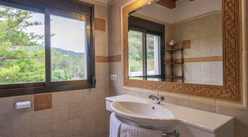 villa1494bedroomssantaeulalia17