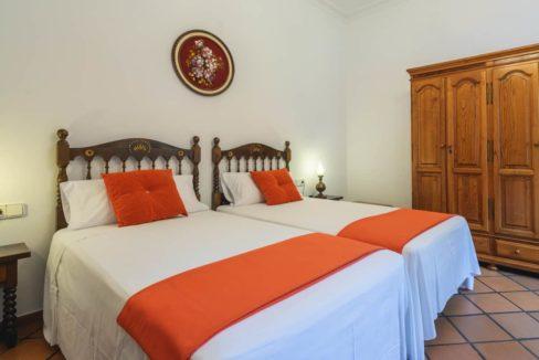 villa1494bedroomssantaeulalia2
