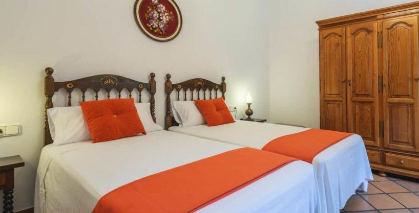 villa1494bedroomssantaeulalia2-1.jpg