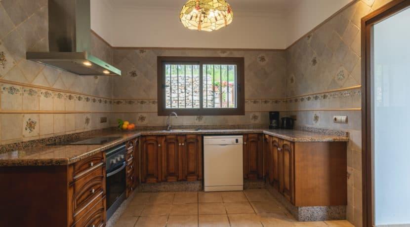 villa1494bedroomssantaeulalia20