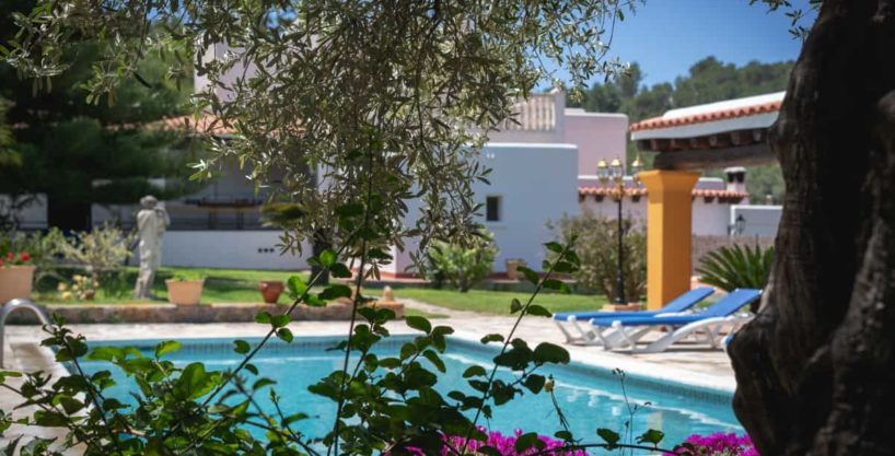 villa1494bedroomssantaeulalia28.jpg