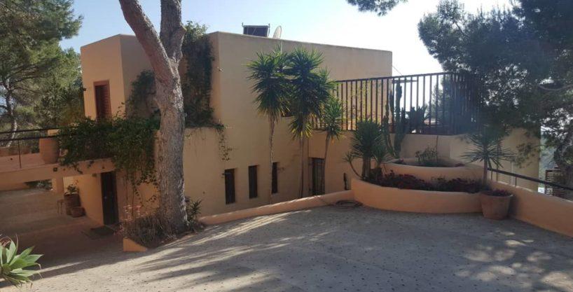 villa3264bedroomscalasalada2.jpg
