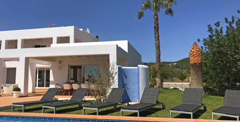 villa0615bedroomssanrafael10.jpg