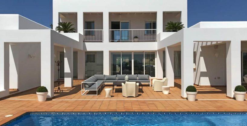 villa0615bedroomssanrafael11.jpg