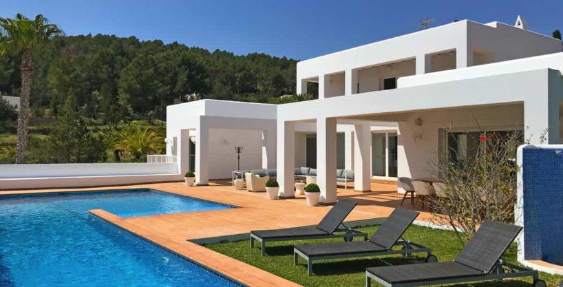 villa0615bedroomssanrafael12.jpg