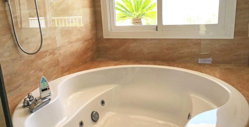 villa0615bedroomssanrafael23.jpg