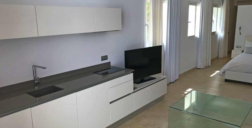 villa0615bedroomssanrafael27.jpg