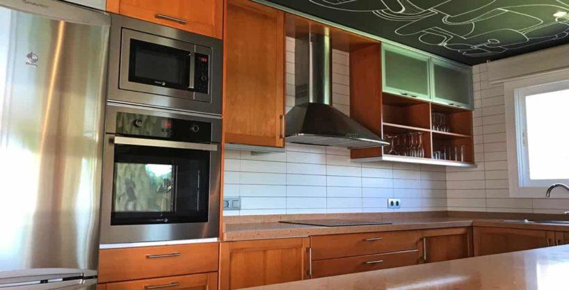 villa0615bedroomssanrafael44.jpg