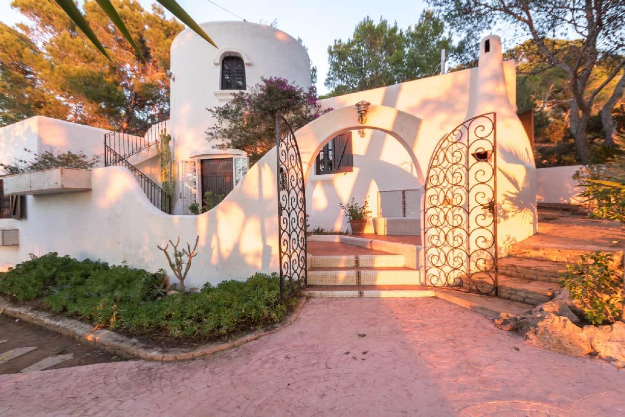 Villa 297-3-bedrooms-cap negret23