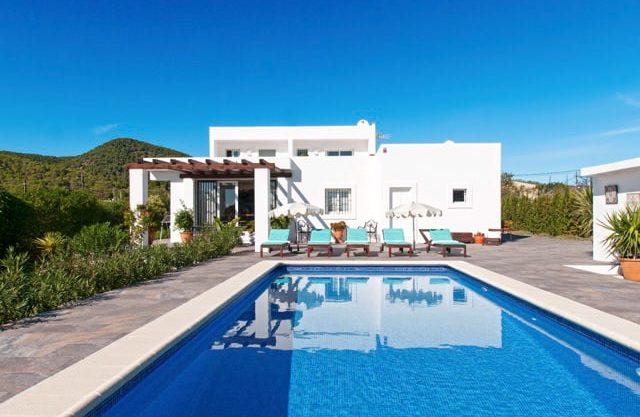 villa993bedroomssacaleta16.jpg