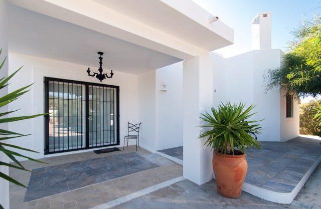 villa993bedroomssacaleta21.jpg
