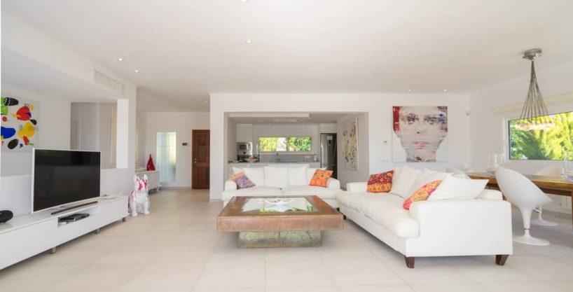 villa1125bedroomscanfurnet11.jpg
