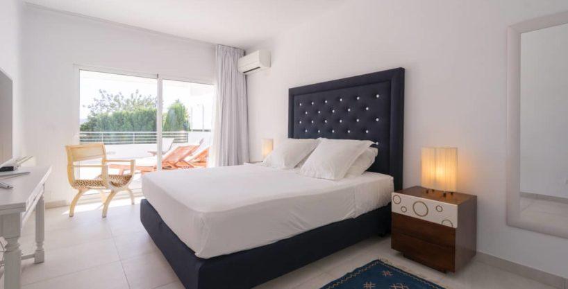 villa1125bedroomscanfurnet15.jpg
