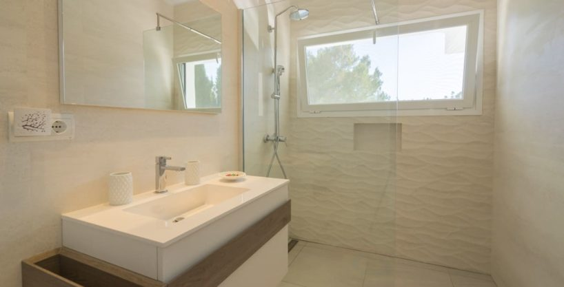 villa1125bedroomscanfurnet20.jpg