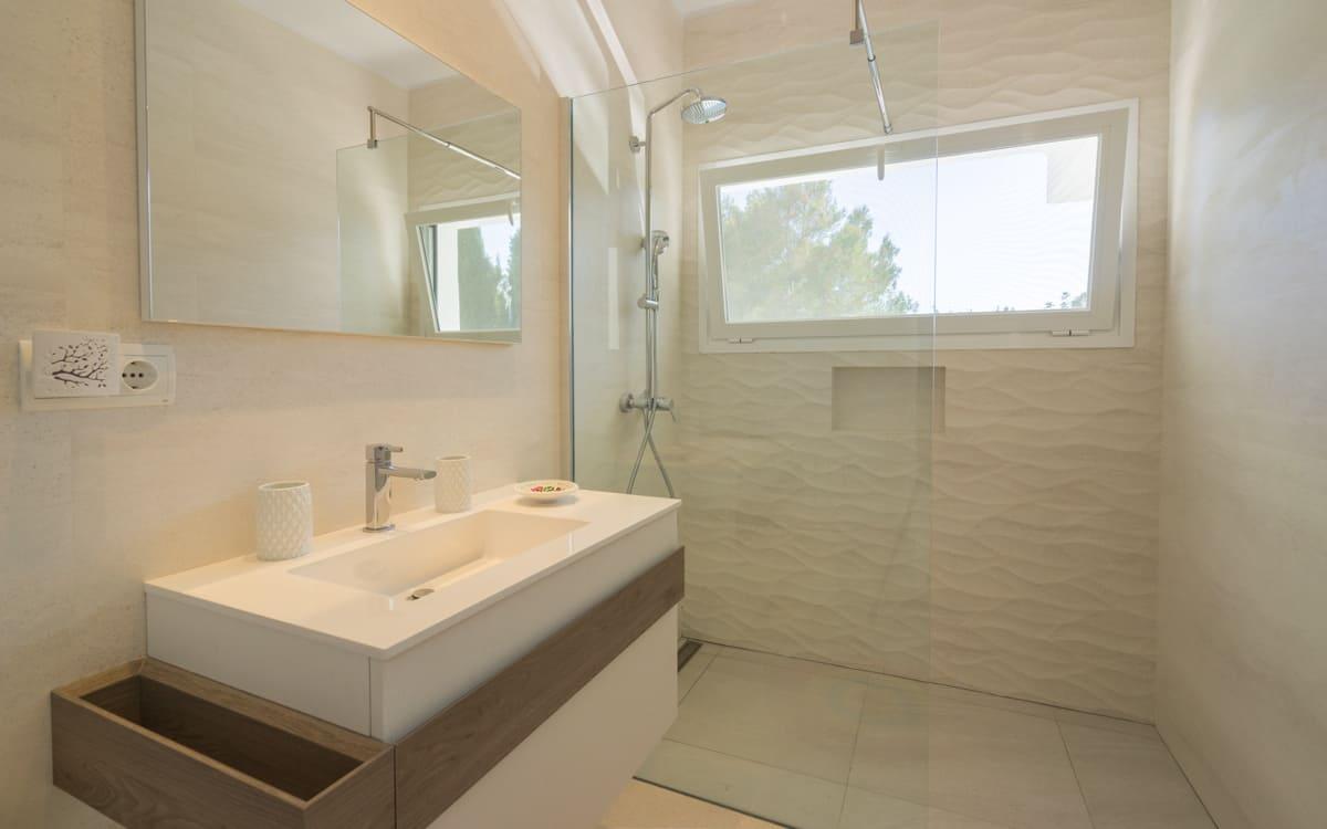 villa1125bedroomscanfurnet20