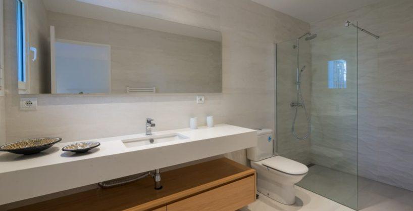 villa1125bedroomscanfurnet23.jpg