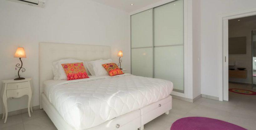 villa1125bedroomscanfurnet24.jpg
