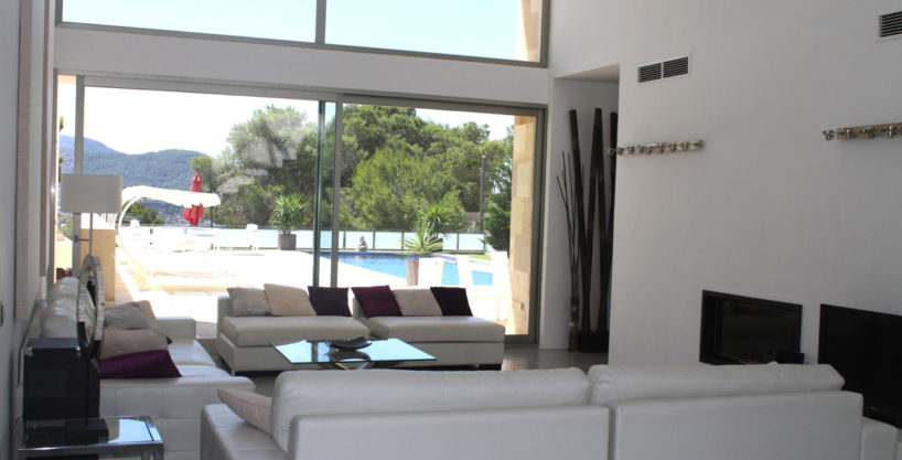 villa3334bedroomscalacomta4.jpg