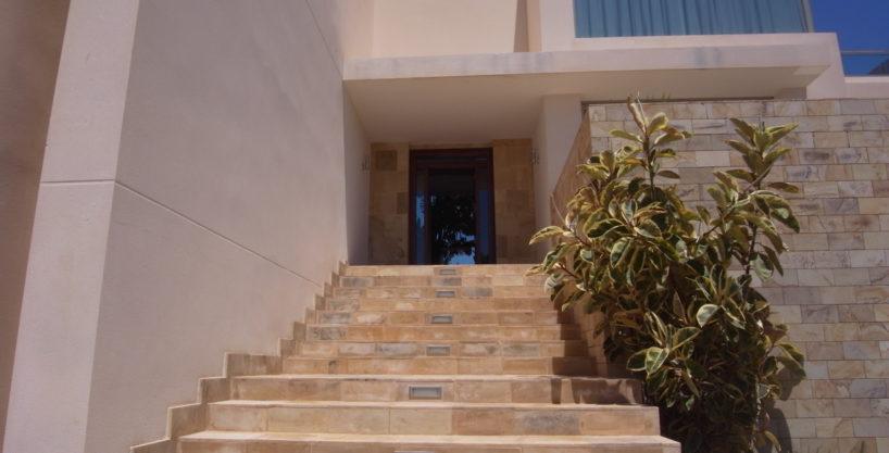 villa3334bedroomscalacomta7.jpg