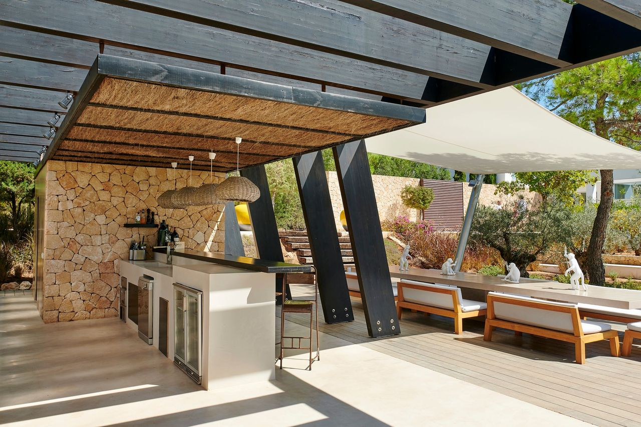 Villa 337-5-bedrooms-cala-tarida1