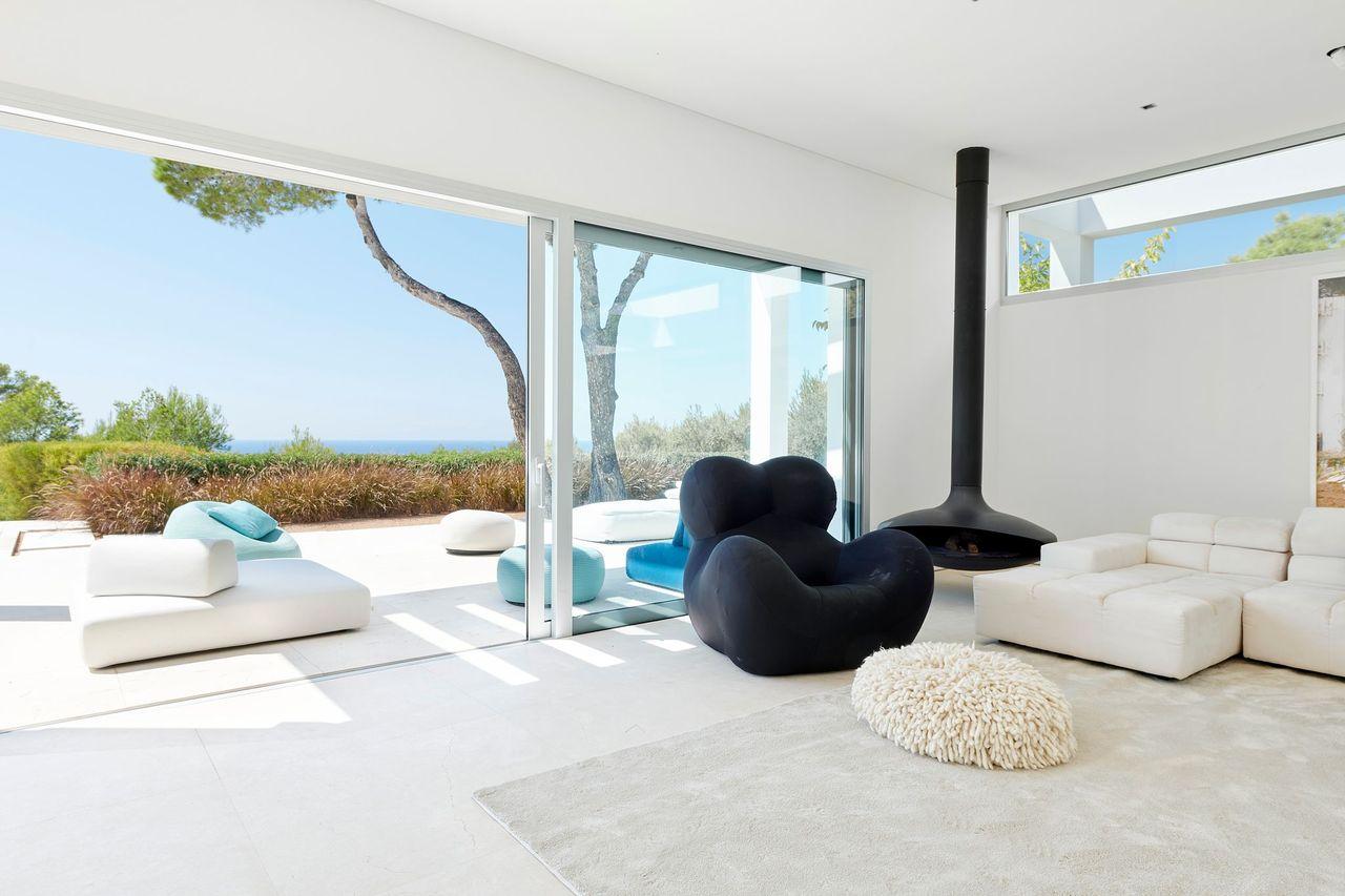 Villa 337-5-bedrooms-cala-tarida17