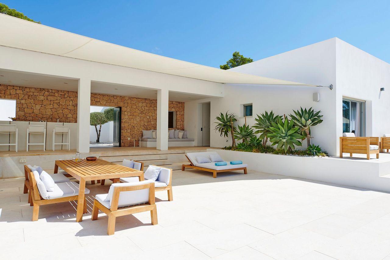 Villa 337-5-bedrooms-cala-tarida25
