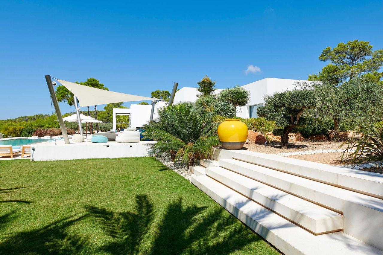 Villa 337-5-bedrooms-cala-tarida30
