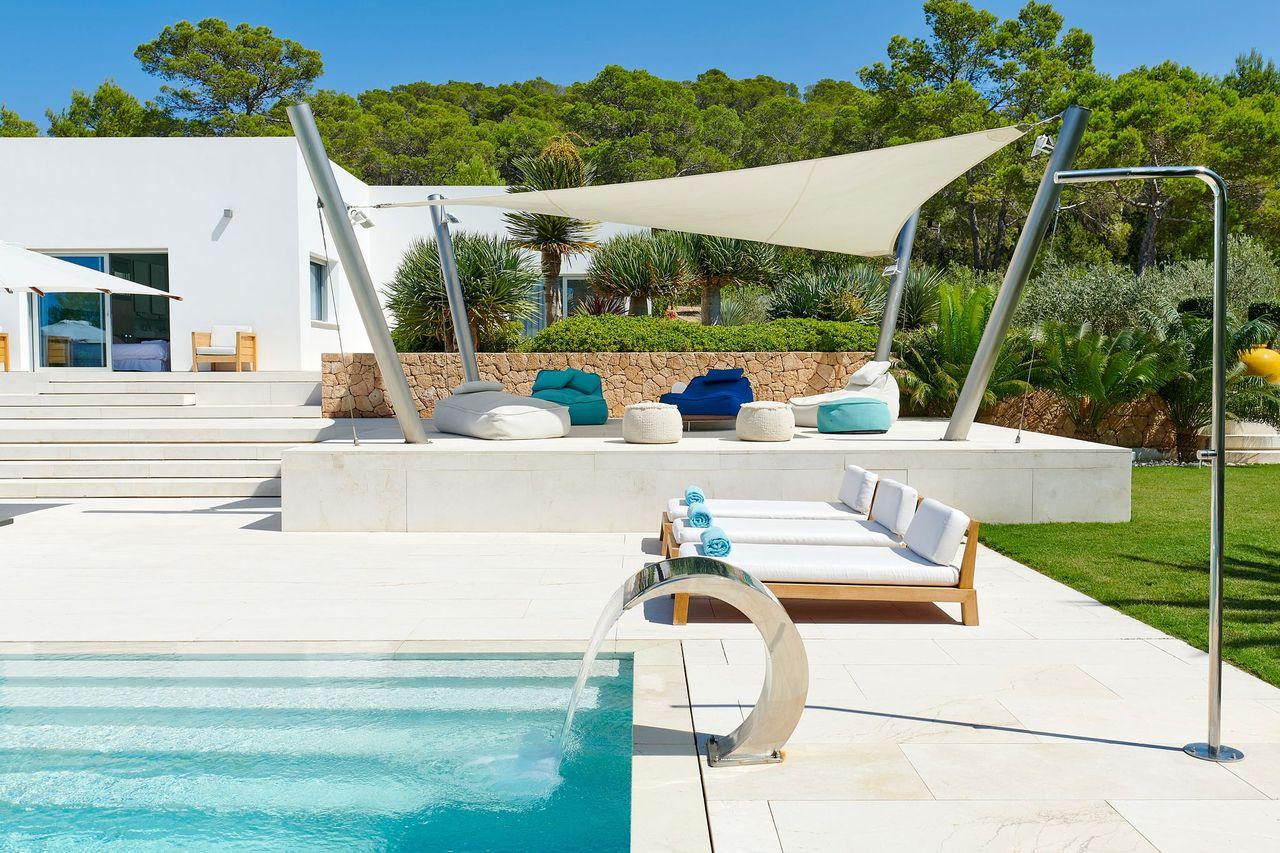 Villa 337-5-bedrooms-cala-tarida32