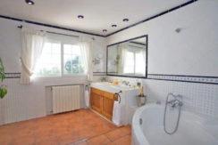 villa2867bedroomssacaleta23