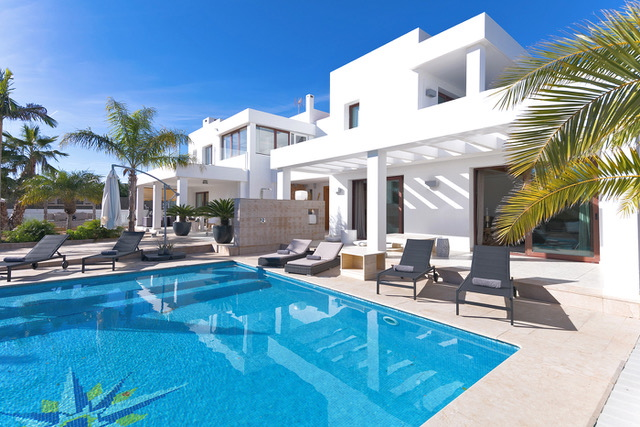 VILLA 349- 4 BEDROOMS SA CARROCA