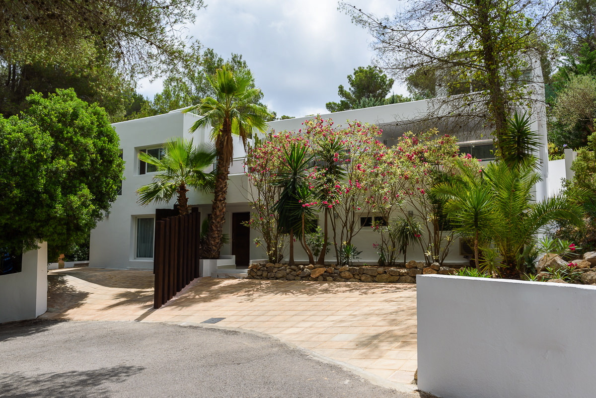 villa3525bedroomscanfurnet1