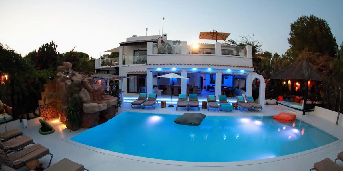 villa35315bedroomscapmartinet2