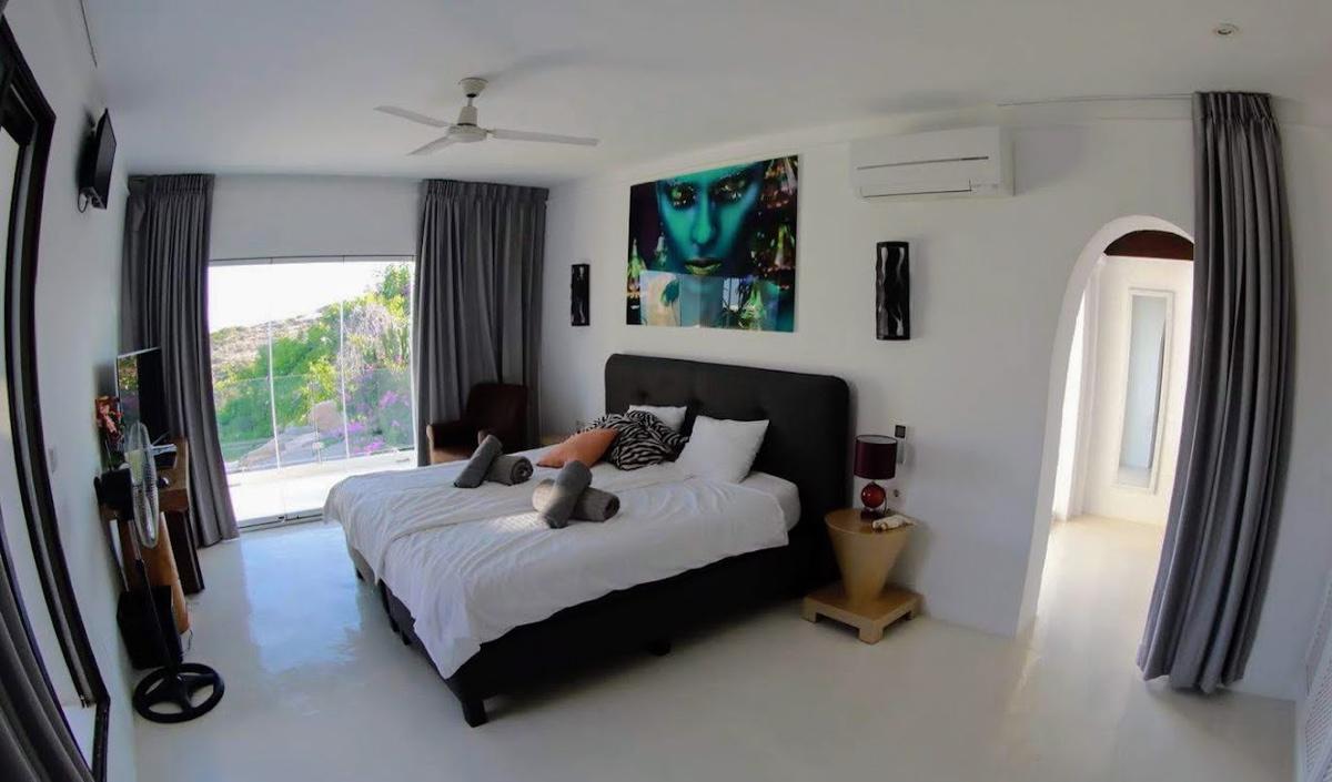 villa35315bedroomscapmartinet4