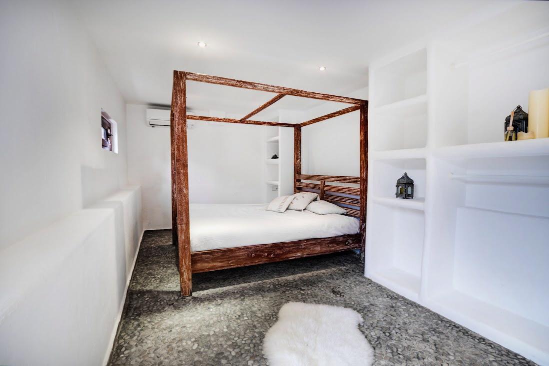 villa35315bedroomscapmartinet43